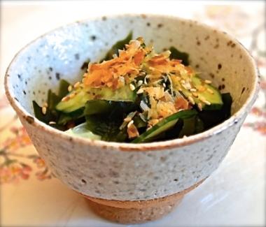 cucumber and wakame salad